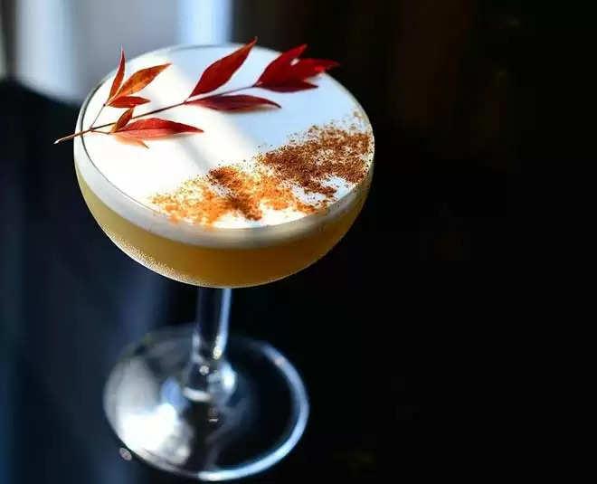 आज की Weekend House Party में सभी को करें इन स्पेशल Cocktail से इम्रेस 