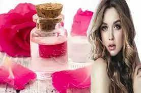 गुलाब जल के इन घरेलू तरीकों से आप भी पा सकते है मुलायम और बेदाग त्वचा