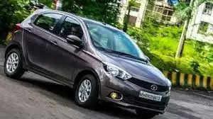 गाड़ी में बीवी को भूल गया शख्स, कार के साथ पत्नी को भी चुरा ले गए चोर