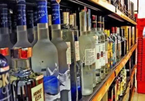 अगर पीते हो शराब, बीयर, वोदका और स्कॉच? तो जानिए क्या अंतर है इनमें