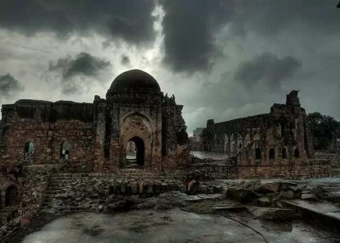 ये है भारत की सबसे भूतिया जगह, जहां जाने वाले हर किसी को निगल लेता है मौत का साया