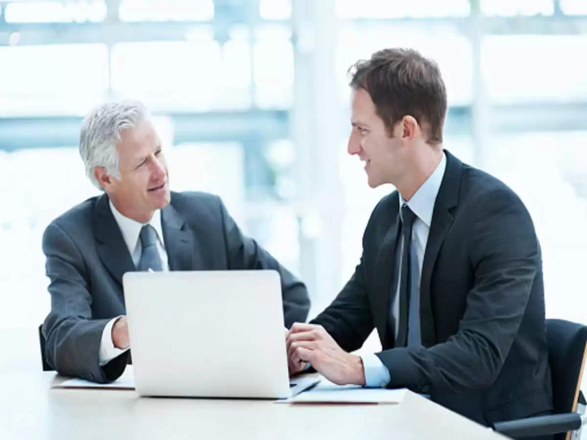 आफिस के झगडों से है परेशान, तो ऐसे करें बॉस या साथी स्टाफ से सुलह