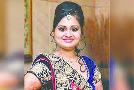 स्त्री रोग विशेषज्ञ डॉ। दीपिका अग्रवाल द्वारा उत्तर दिया गया जलता हुआ महिला स्वास्थ्य प्रश्न