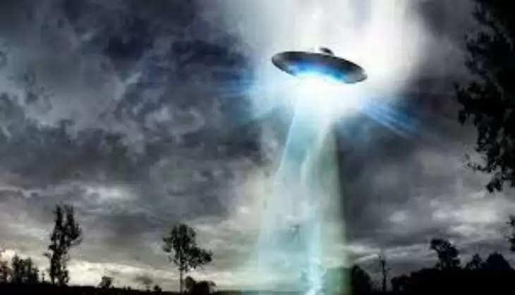 क्या है ये रहस्यमयी एलियन जैसी चीज, इस ग्रह की सतह पर दिखा एलियन का चेहरा