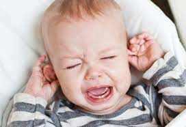 शिशु के पहले दाँत के लिए 7 सुरक्षित और प्राकृतिक शुरुआती उपचार
