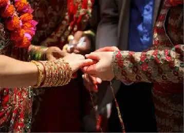 मरते दम तक नहीं टूटती यहां तय की हुई शादी, हर समाज के लोग करने आते हैं रिश्ते