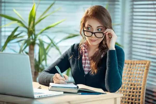 इस तरह की लड़कियों का दिमाग होता है कंप्यूटर से भी तेज, इनसे पार पान बहुत मुश्किल