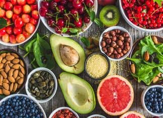जानें कैंसर से बचाने वाले नौ खाद्य पदार्थों के बारे में