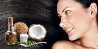 होममेड कोकोनट मिल्क प्रोडक्ट्स से अपनी त्वचा की चमक और बालों को चमकदार बनाएं