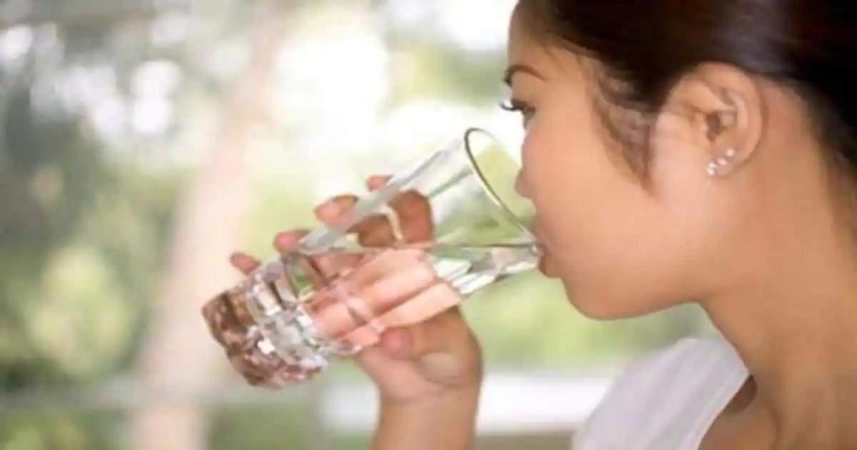 सुबह खाली पेट पानी के साथ पीएं ये चीज, होंगे चौकाने वाले बड़े फायदे